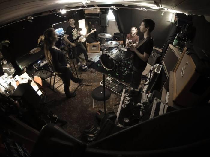 heliumhorsefly_studio