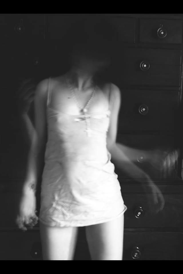 sofia_martins_gray_12